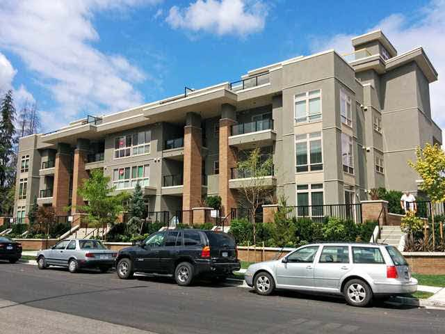 """Main Photo: 403 2349 WELCHER Avenue in Port Coquitlam: Central Pt Coquitlam Condo for sale in """"ALTURA"""" : MLS®# V1126206"""