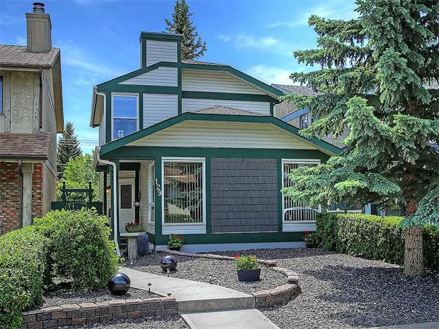 Main Photo: 129 WOODFIELD Close SW in Calgary: Woodbine House for sale : MLS®# C4067047