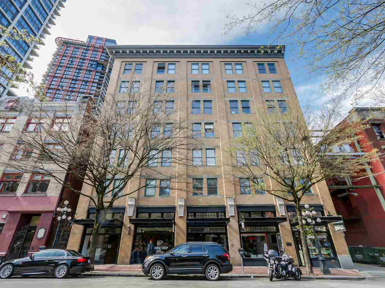 """Main Photo: 406 233 ABBOTT Street in Vancouver: Downtown VW Condo for sale in """"ABBOTT PLACE"""" (Vancouver West)  : MLS®# R2112745"""