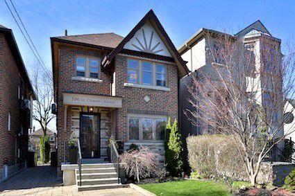 Main Photo: 106 St Clements Avenue in Toronto: Yonge-Eglinton House (2-Storey) for sale (Toronto C03)  : MLS®# C3765864