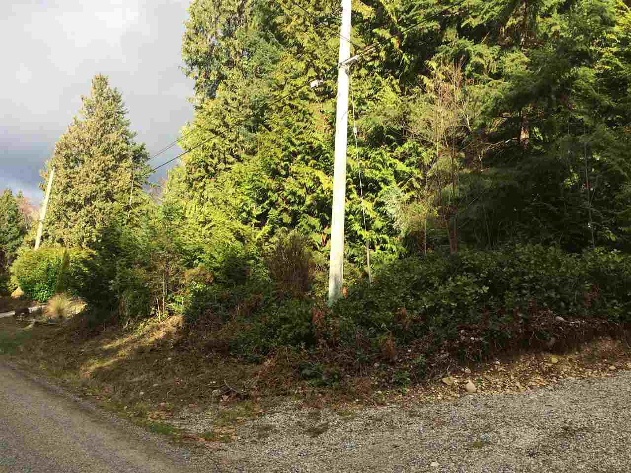 "Photo 9: Photos: LOT 1 GRANDVIEW Road in Gibsons: Gibsons & Area Home for sale in ""BONNIEBROOK"" (Sunshine Coast)  : MLS®# R2239418"