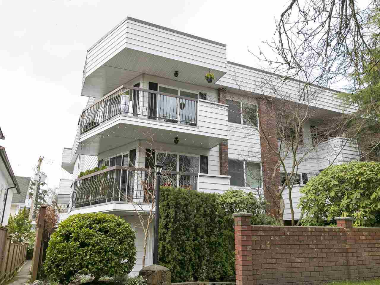"""Main Photo: 318 3353 HEATHER Street in Vancouver: Cambie Condo for sale in """"Heather Court"""" (Vancouver West)  : MLS®# R2249374"""