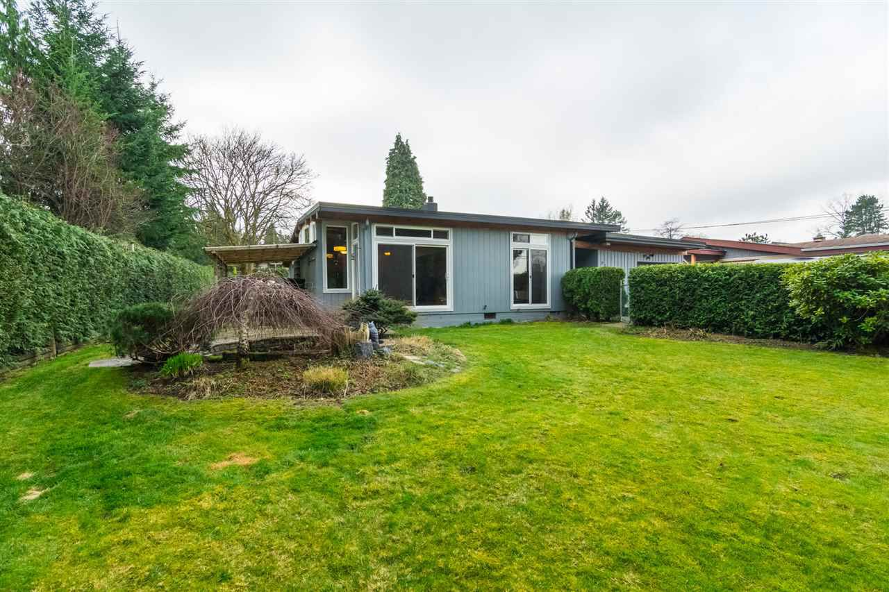"Main Photo: 21042 48 Avenue in Langley: Murrayville House for sale in ""Newlands"" : MLS®# R2249658"