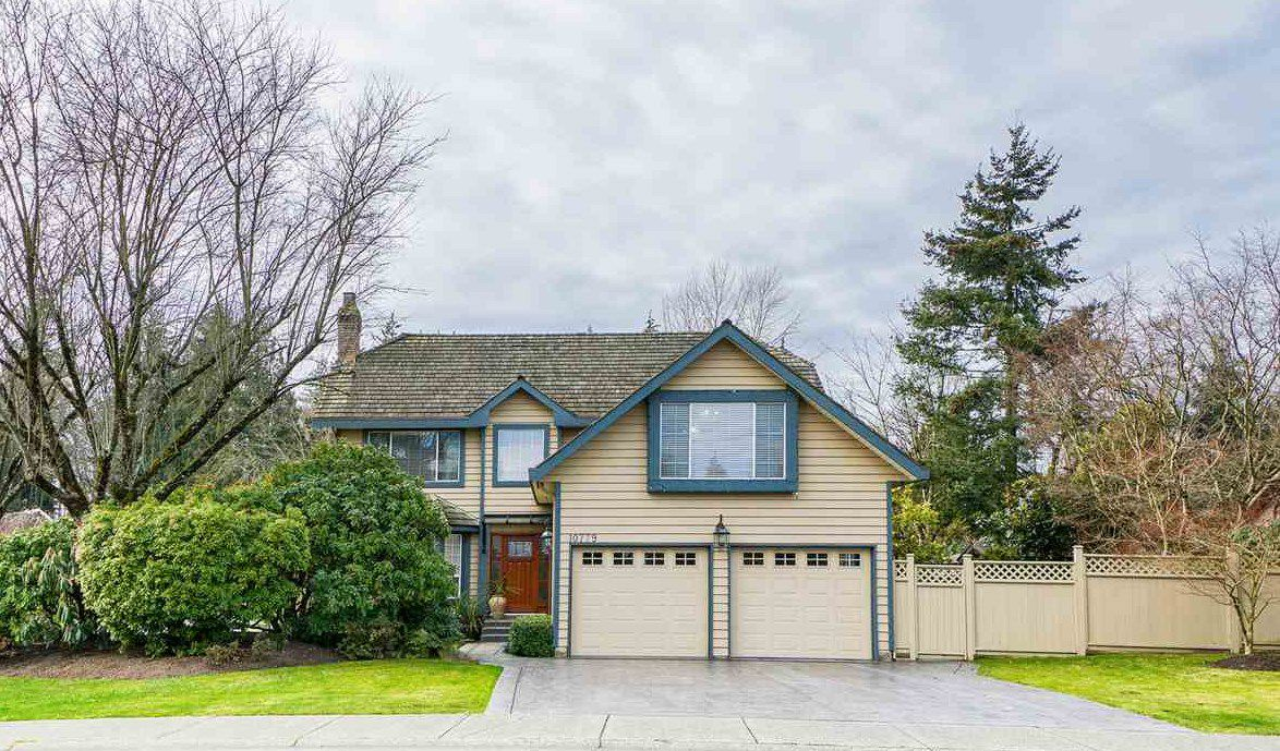 "Main Photo: 10779 FRASERGLEN Drive in Surrey: Fraser Heights House for sale in ""Fraserglen"" (North Surrey)  : MLS®# R2336714"
