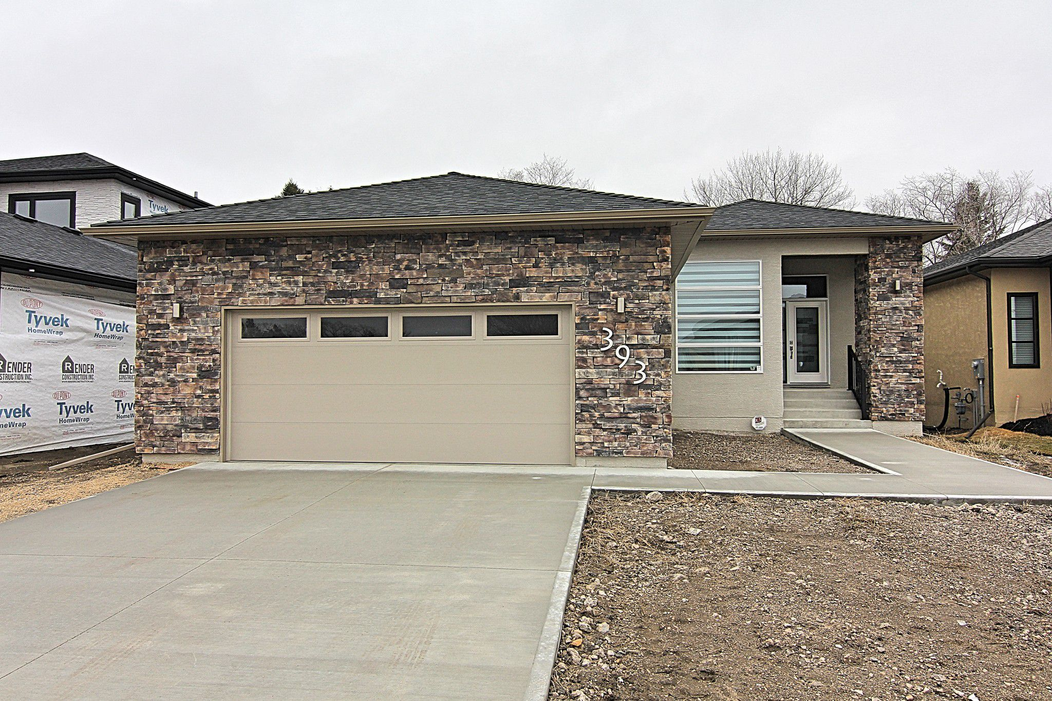 Main Photo: 393 Scotswood Drive South in Winnipeg: Residential for sale (1G)  : MLS®# 1902769