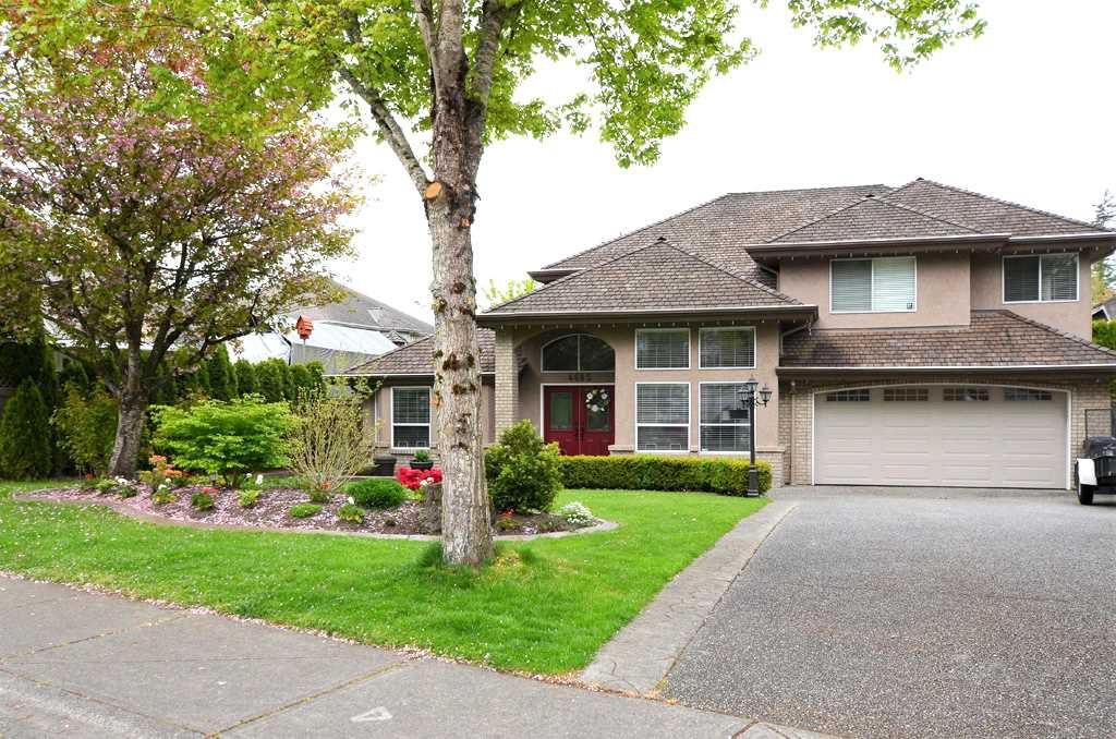 "Main Photo: 4685 215B Street in Langley: Murrayville House for sale in ""Macklin Corners"" : MLS®# R2359127"