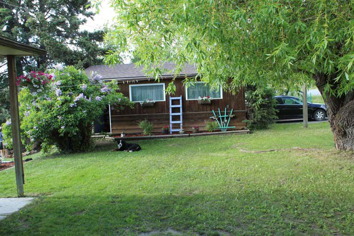 Main Photo: 489 CENTER Street in Burns Lake: Burns Lake - Town House for sale (Burns Lake (Zone 55))  : MLS®# R2363983