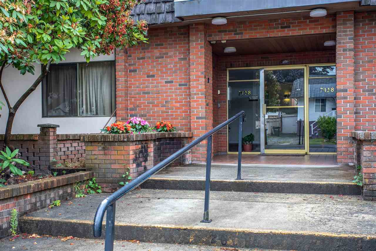 """Main Photo: 211 7428 19TH Avenue in Burnaby: Edmonds BE Condo for sale in """"CHATEAU LYON"""" (Burnaby East)  : MLS®# R2383516"""