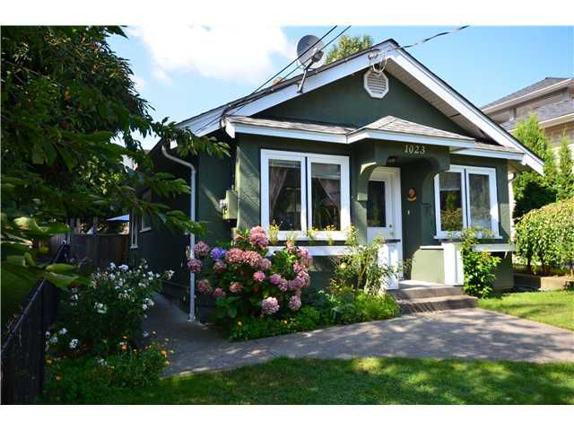 Main Photo: 1023 ST ANDREWS Street in New Westminster: Uptown NW House for sale : MLS®# V907819