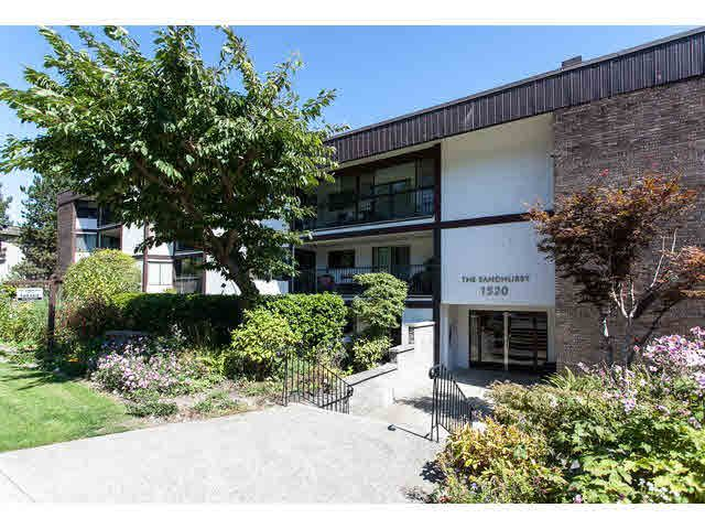 "Main Photo: 103 1520 VIDAL Street: White Rock Condo for sale in ""SANDHURST"" (South Surrey White Rock)  : MLS®# F1450399"