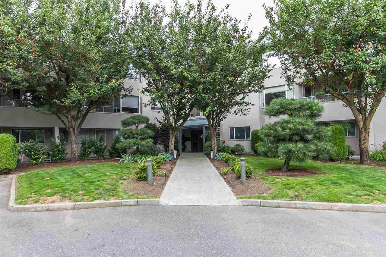 """Photo 2: Photos: 316 2700 MCCALLUM Road in Abbotsford: Central Abbotsford Condo for sale in """"The Seasons"""" : MLS®# R2088623"""