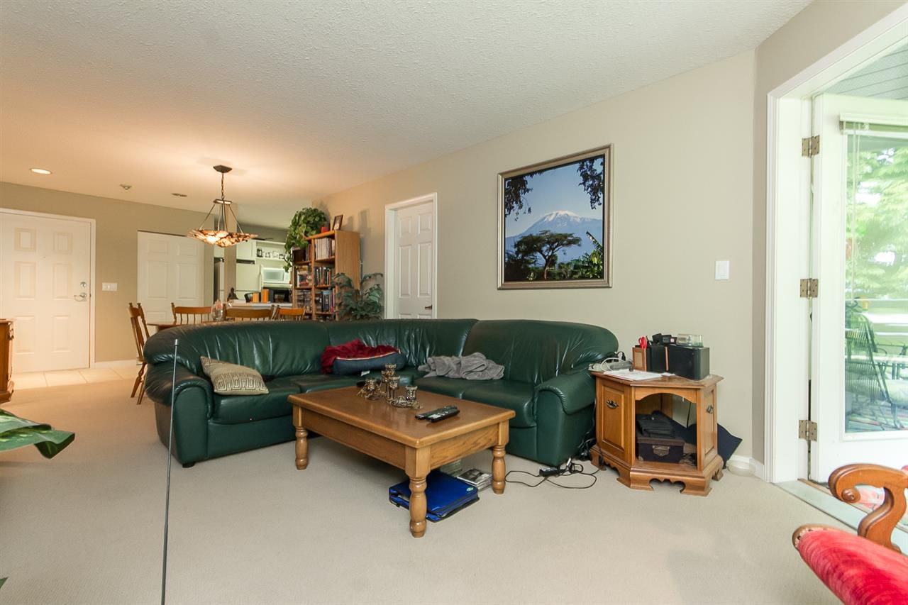 """Photo 11: Photos: 316 2700 MCCALLUM Road in Abbotsford: Central Abbotsford Condo for sale in """"The Seasons"""" : MLS®# R2088623"""