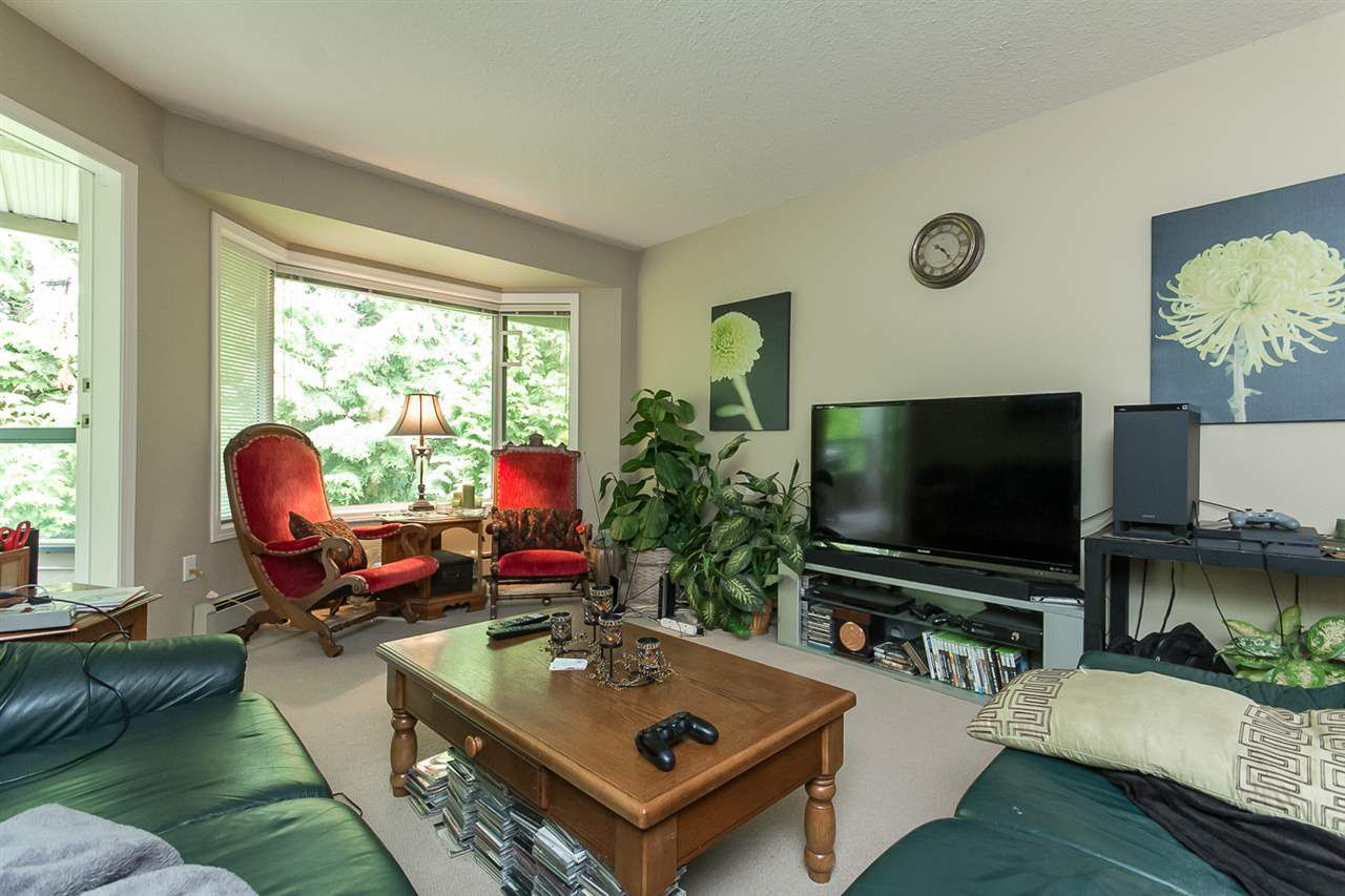 """Photo 10: Photos: 316 2700 MCCALLUM Road in Abbotsford: Central Abbotsford Condo for sale in """"The Seasons"""" : MLS®# R2088623"""