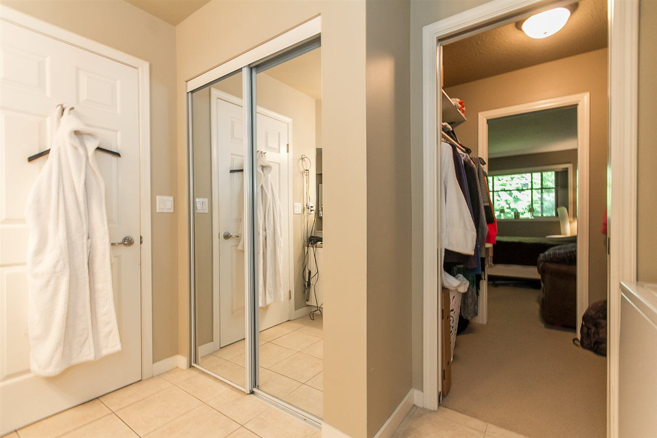 """Photo 18: Photos: 316 2700 MCCALLUM Road in Abbotsford: Central Abbotsford Condo for sale in """"The Seasons"""" : MLS®# R2088623"""
