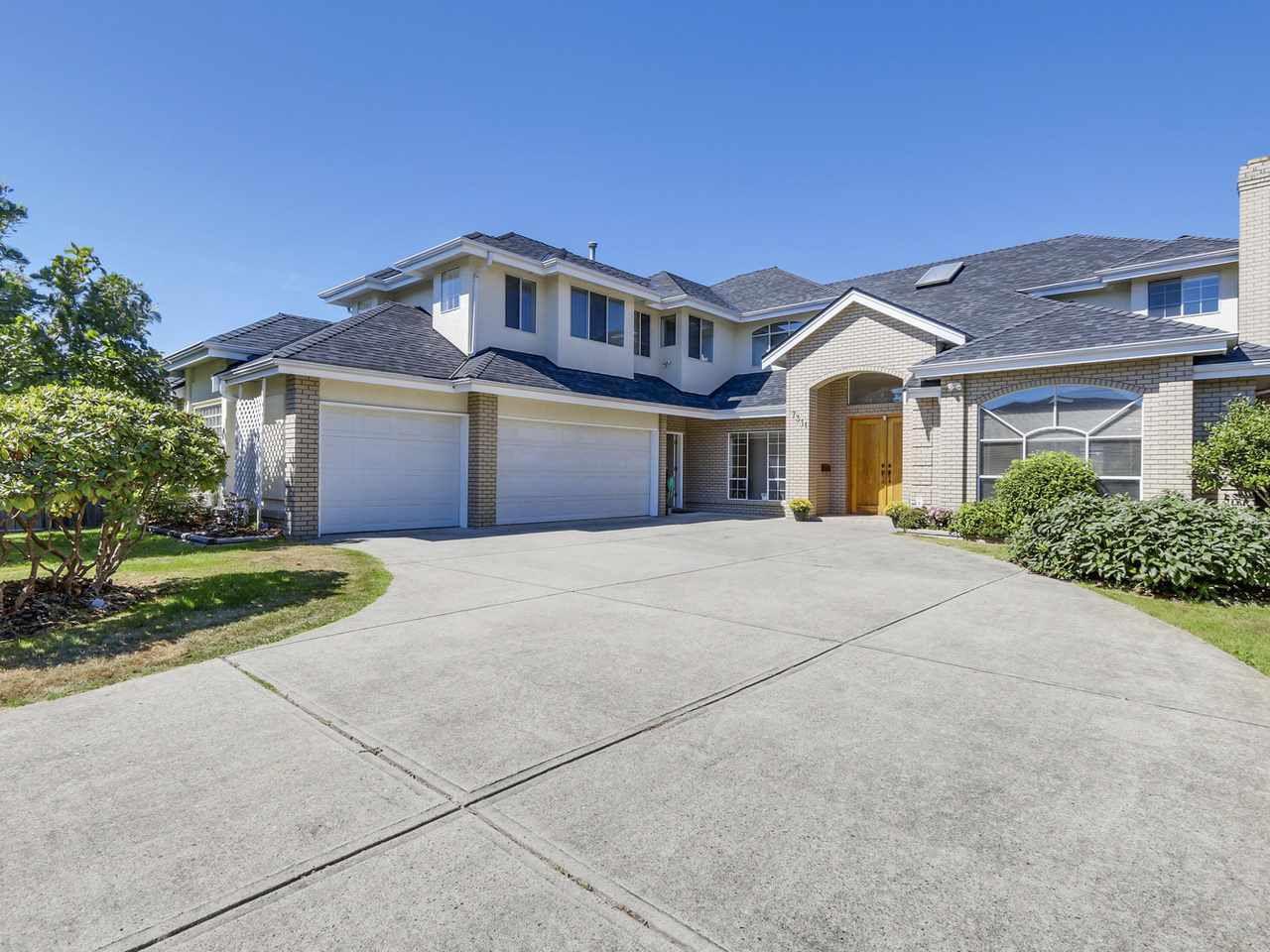 "Main Photo: 7311 BELAIR Drive in Richmond: Broadmoor House for sale in ""BROADMOOR"" : MLS®# R2102890"