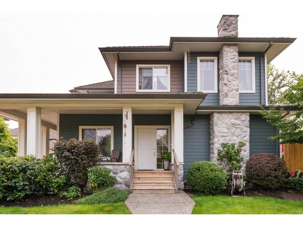 "Main Photo: 7 3363 ROSEMARY HEIGHTS Crescent in Surrey: Morgan Creek Townhouse for sale in ""ROCKWELL"" (South Surrey White Rock)  : MLS®# R2196017"
