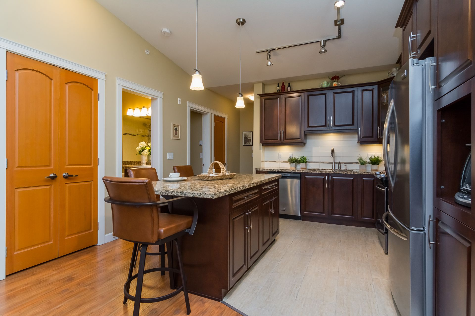"""Photo 14: Photos: 509 8258 207A Street in Langley: Willoughby Heights Condo for sale in """"YORKSON CREEK (BLG A)"""" : MLS®# R2221052"""