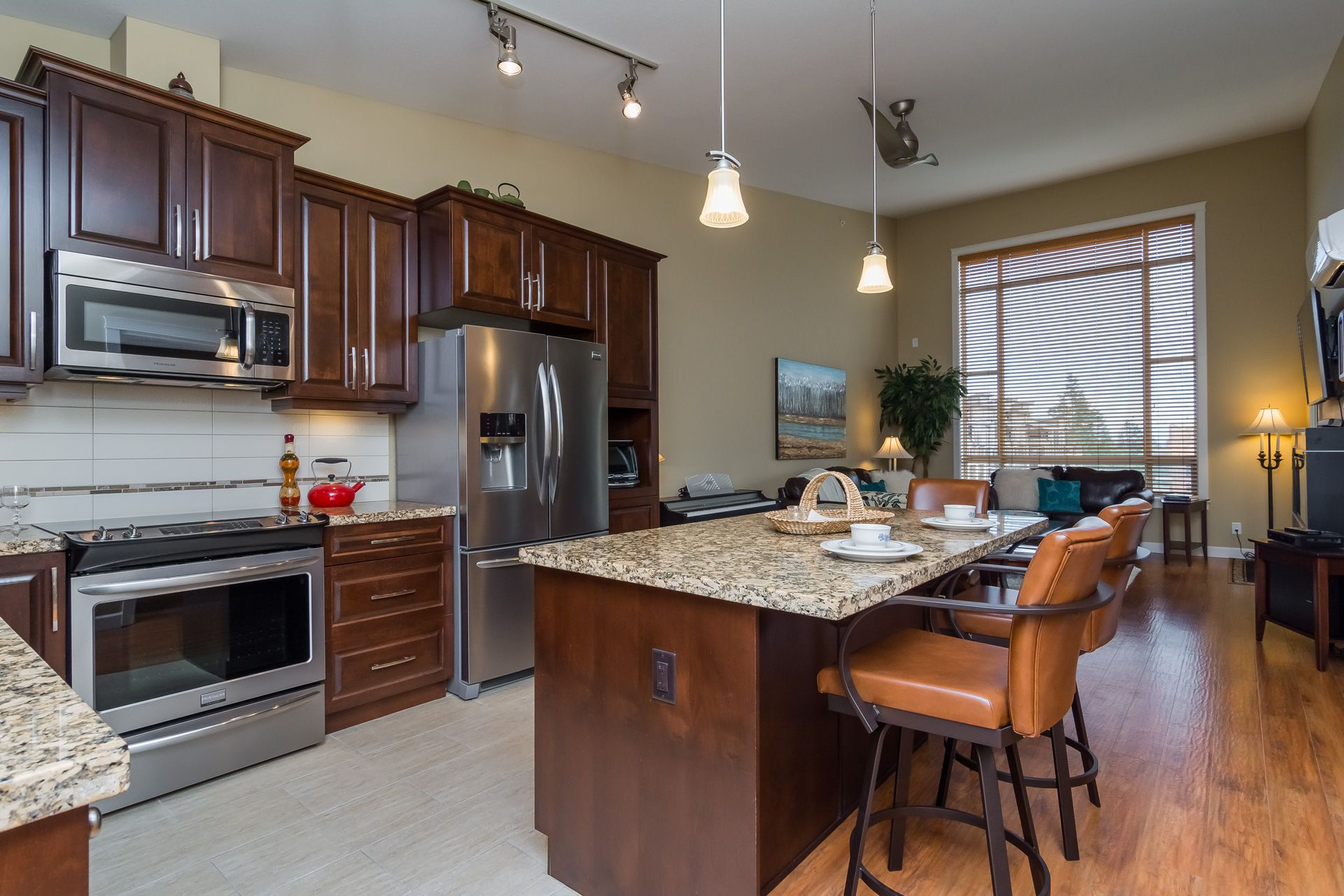 """Photo 18: Photos: 509 8258 207A Street in Langley: Willoughby Heights Condo for sale in """"YORKSON CREEK (BLG A)"""" : MLS®# R2221052"""