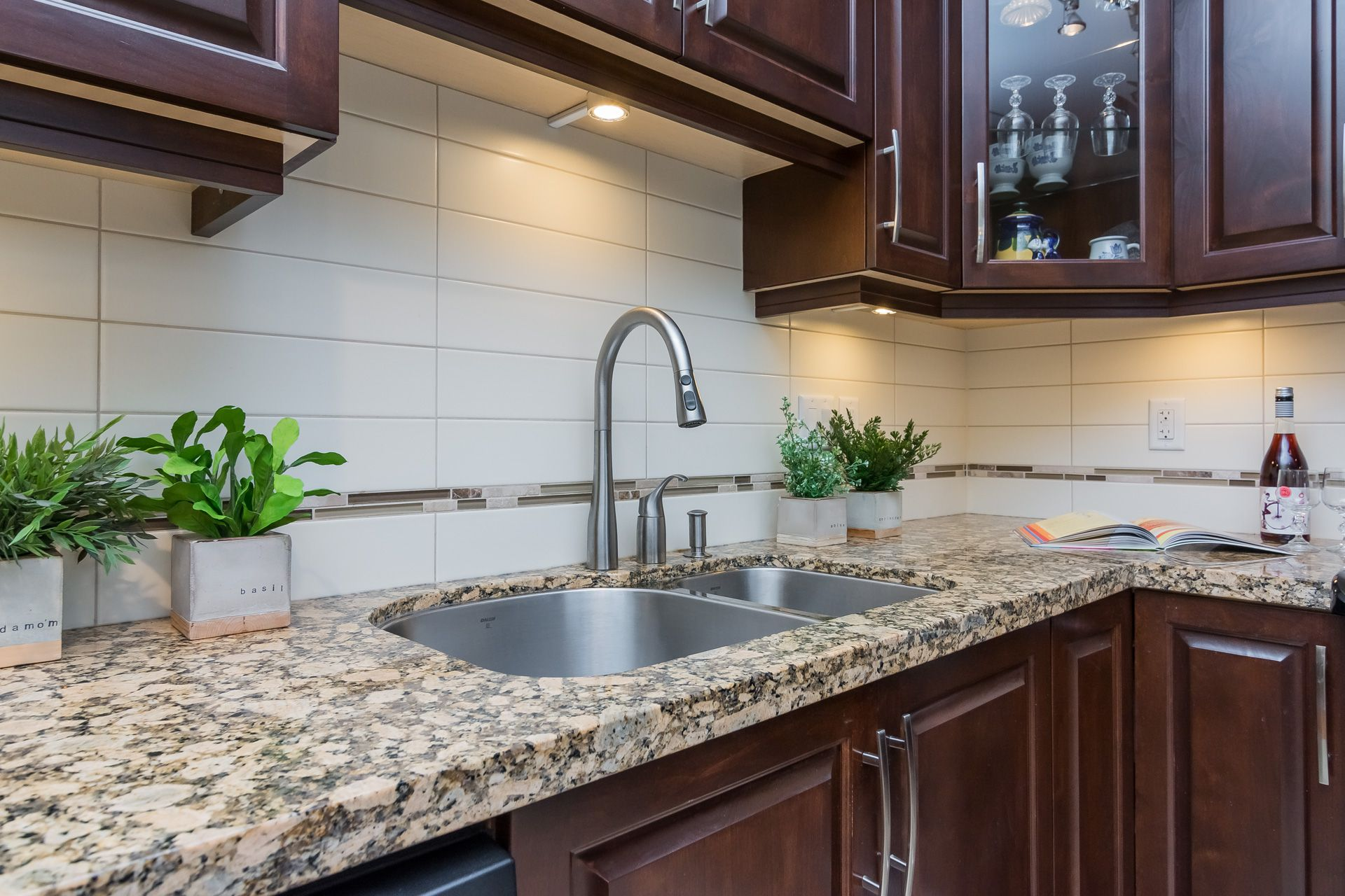 """Photo 17: Photos: 509 8258 207A Street in Langley: Willoughby Heights Condo for sale in """"YORKSON CREEK (BLG A)"""" : MLS®# R2221052"""
