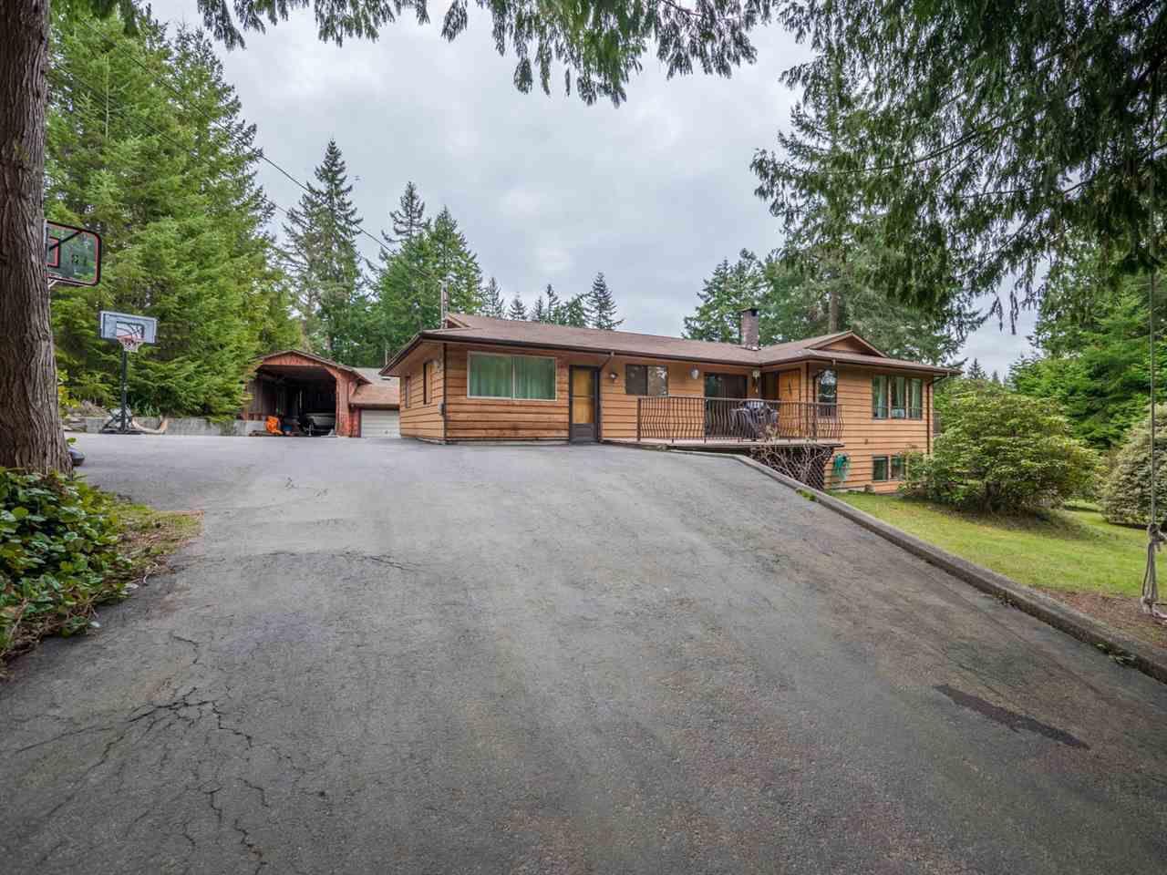 Main Photo: 8056 COOPER Road in Halfmoon Bay: Halfmn Bay Secret Cv Redroofs House for sale (Sunshine Coast)  : MLS®# R2254161