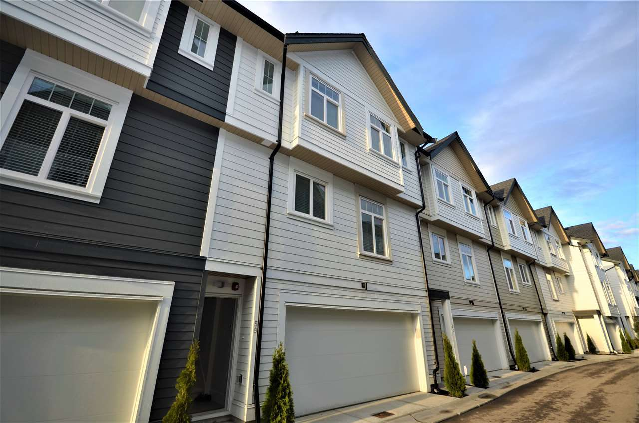 """Main Photo: 59 7665 209 Street in Langley: Willoughby Heights Townhouse for sale in """"Archstone-Yorkson"""" : MLS®# R2260266"""