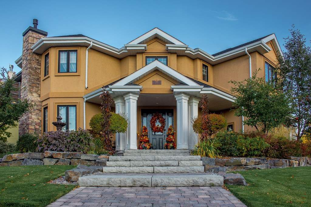 Main Photo: 104 SASKATCHEWAN Drive in Edmonton: Zone 15 House for sale : MLS®# E4138979