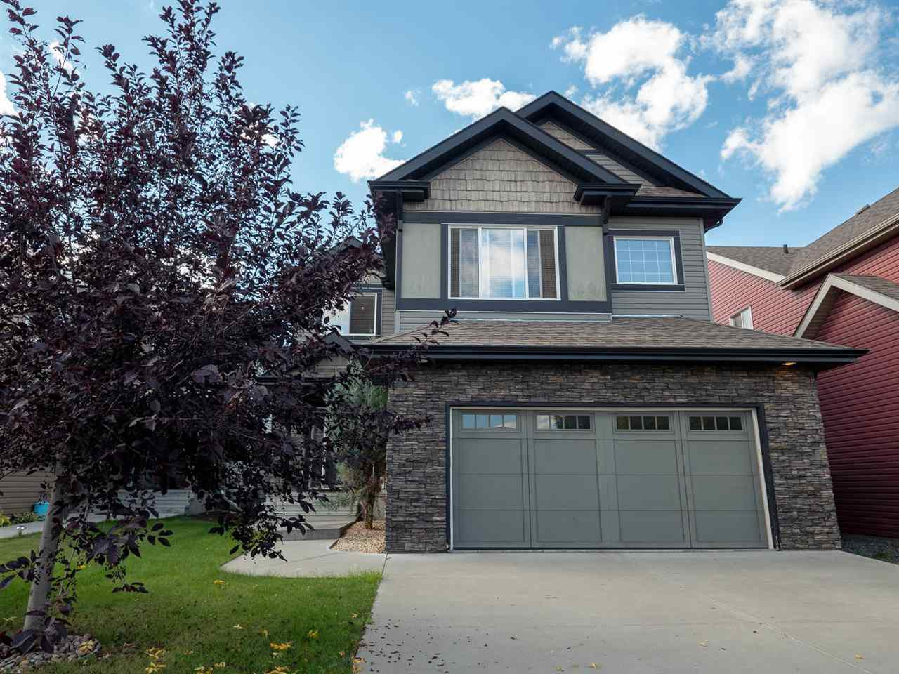 Main Photo: 3247 WHITELAW Drive in Edmonton: Zone 56 House for sale : MLS®# E4155835