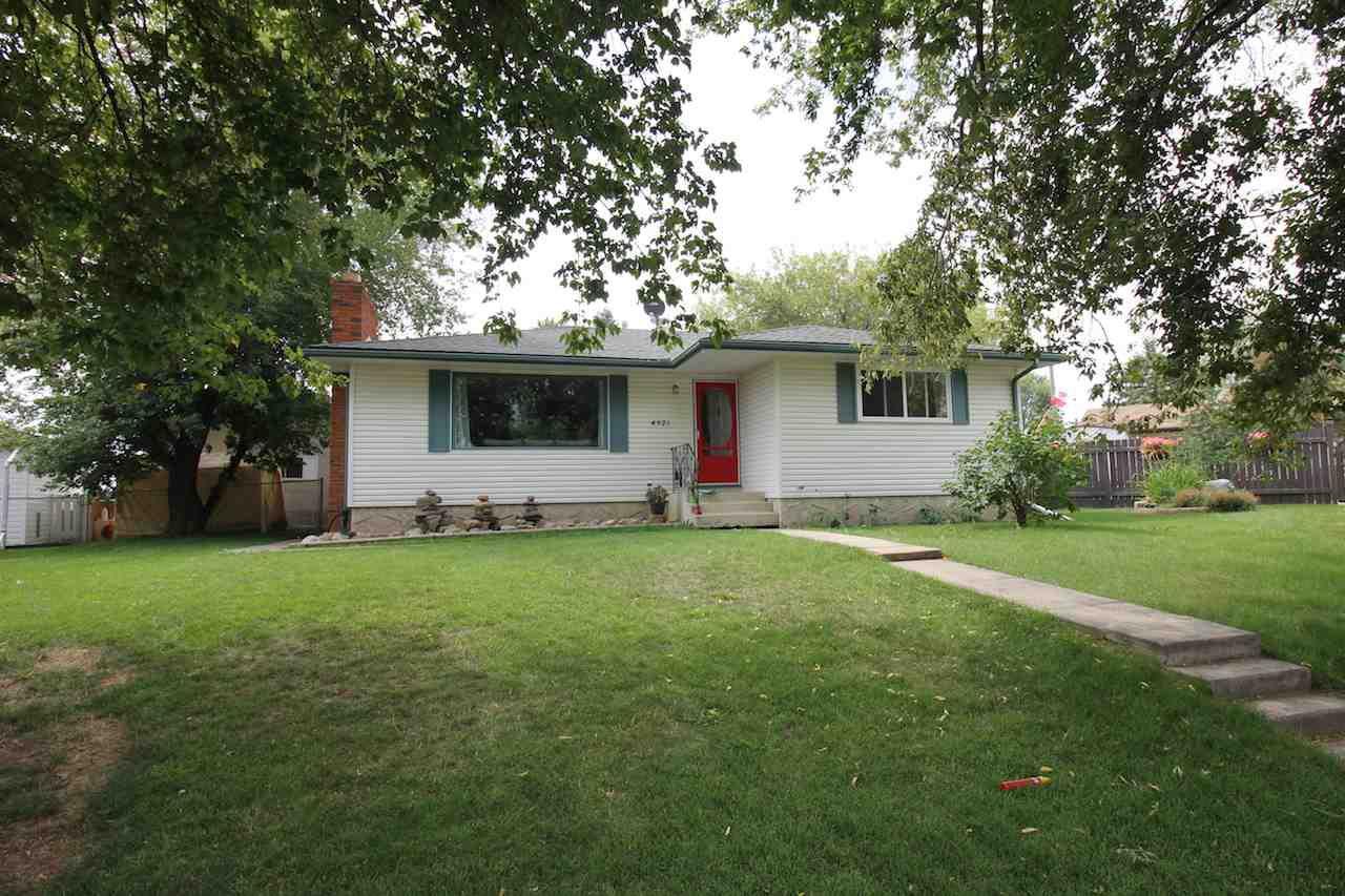 Main Photo: 4921 47 Avenue: Legal House for sale : MLS®# E4157373