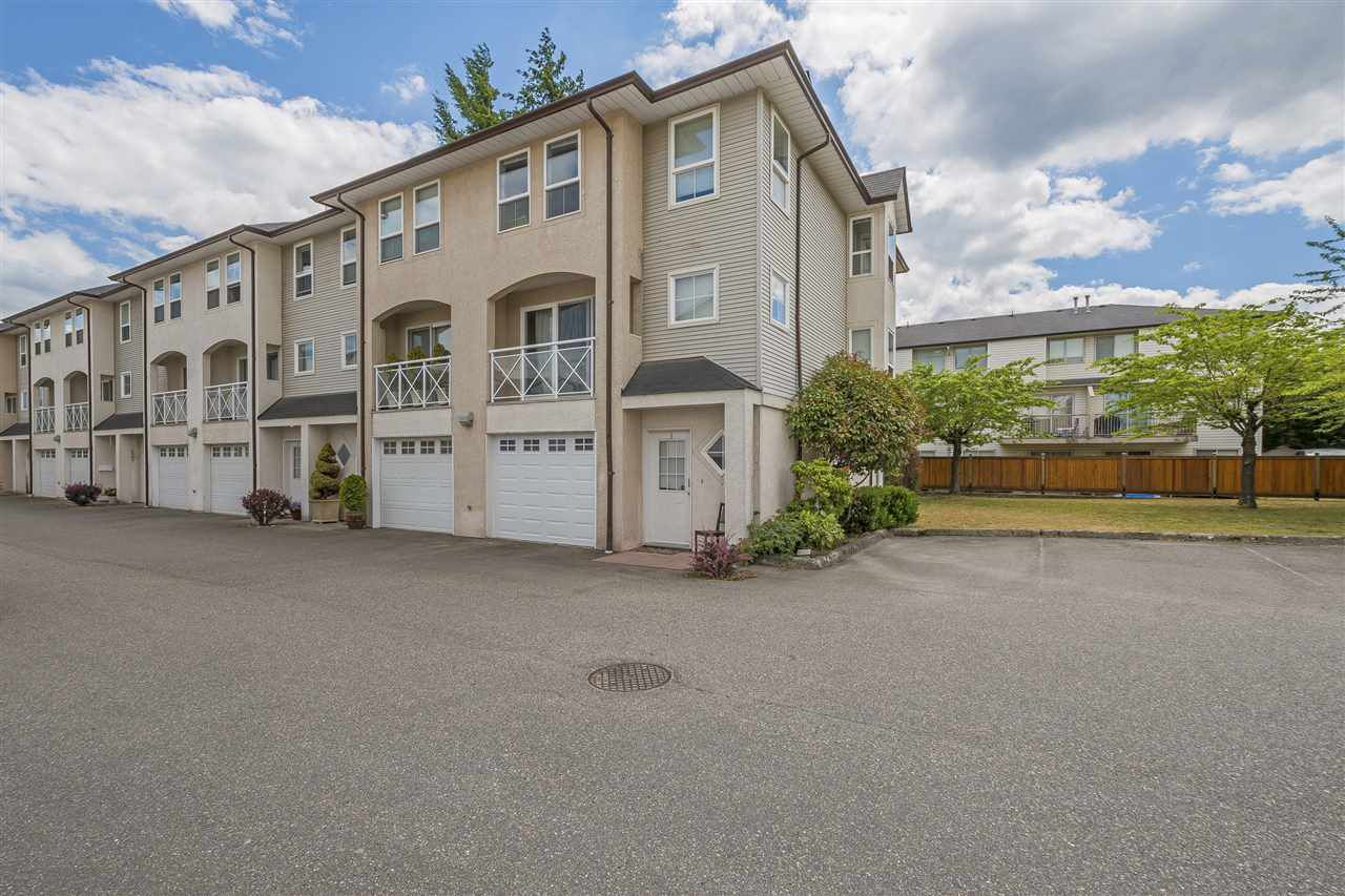 Main Photo: 1 5926 VEDDER Road in Sardis: Vedder S Watson-Promontory Townhouse for sale : MLS®# R2382088
