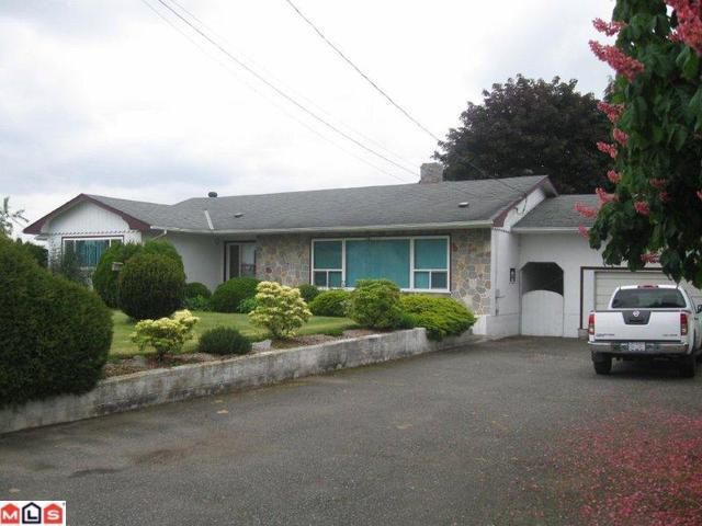 "Main Photo: 838 GLADWIN Road in Abbotsford: Poplar House for sale in ""POPLAR"" : MLS®# F1115123"