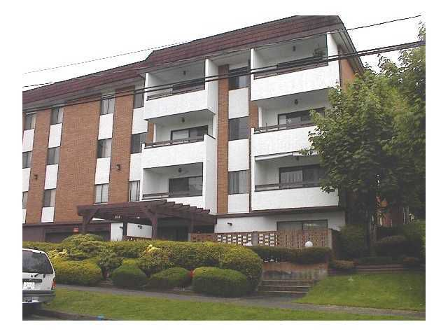 """Main Photo: 212 515 11TH Street in New Westminster: Uptown NW Condo for sale in """"MAGNOLIA MANOR"""" : MLS®# V901641"""