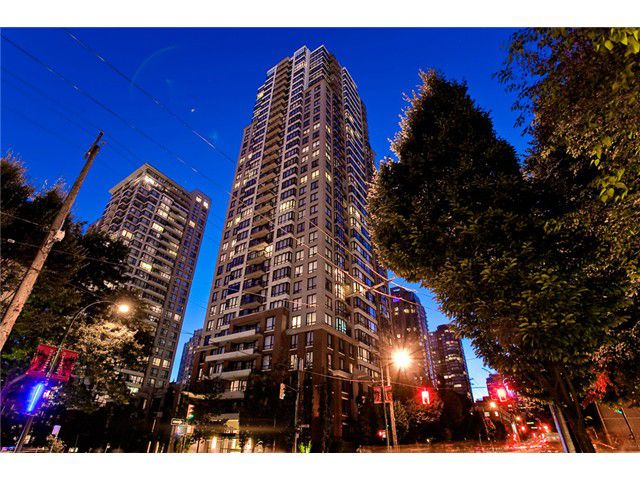 Main Photo: 1204 909 Mainland Street in Vancouver: Yaletown Condo for sale (Vancouver West)  : MLS®# V967109