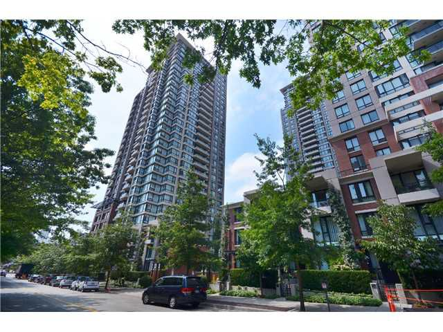 "Main Photo: # 2605 977 MAINLAND ST in Vancouver: Yaletown Condo for sale in ""YALETOWN PARK"" (Vancouver West)  : MLS®# V1033564"