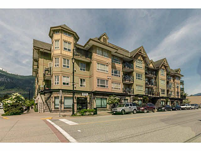 "Main Photo: 110 38003 SECOND Avenue in Squamish: Downtown SQ Condo for sale in ""SQUAMISH POINTE"" : MLS®# V1121257"