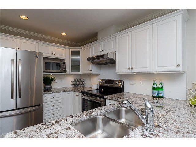 """Main Photo: 103 15284 BUENA VISTA Avenue: White Rock Condo for sale in """"BUENA VISTA TERRACE"""" (South Surrey White Rock)  : MLS®# F1440696"""