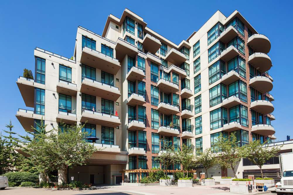 "Main Photo: 208 10 RENAISSANCE Square in New Westminster: Quay Condo for sale in ""MURANO LOFTS"" : MLS®# R2189938"