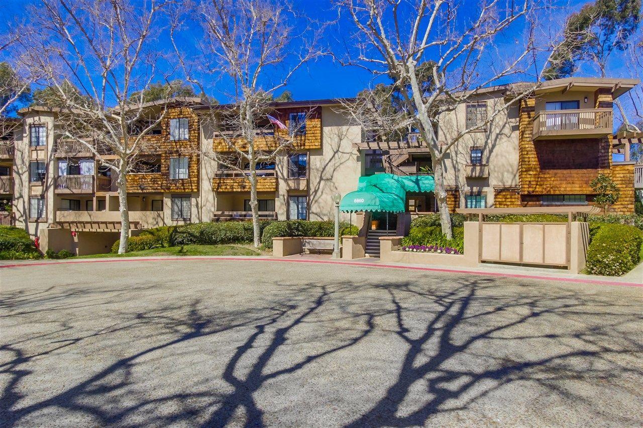 Main Photo: LA JOLLA Condo for sale : 2 bedrooms : 8860 Villa La Jolla Dr #314