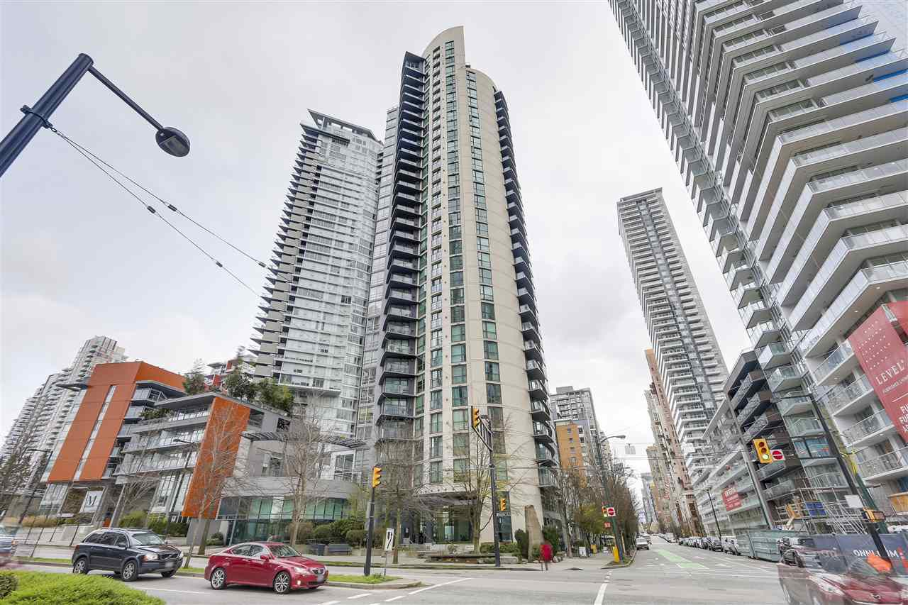 "Main Photo: 1003 501 PACIFIC Street in Vancouver: Downtown VW Condo for sale in ""THE 501"" (Vancouver West)  : MLS®# R2255752"