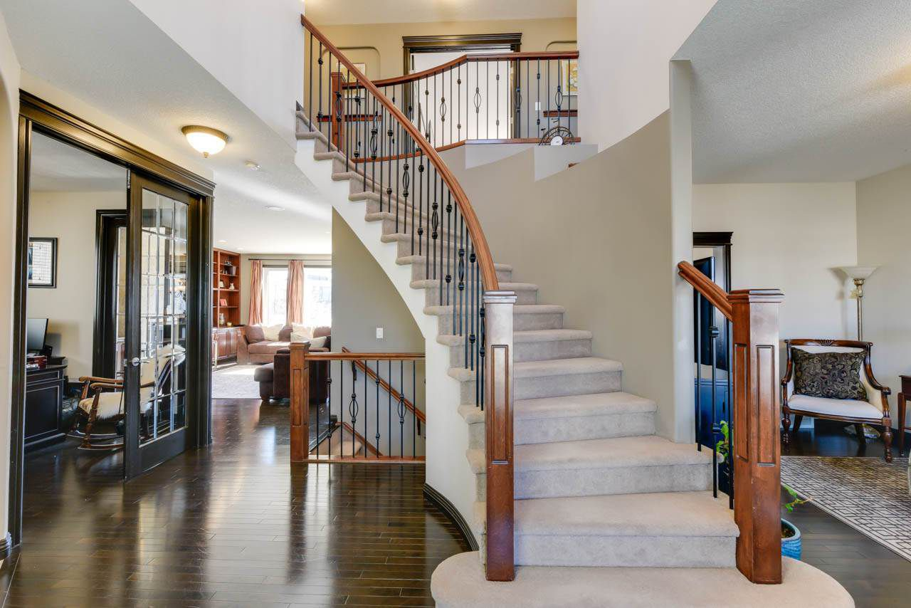 Main Photo: 20523 58 Avenue in Edmonton: Zone 58 House for sale : MLS®# E4151638