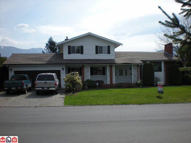 Main Photo: 45146 INSLEY Avenue in Sardis: Sardis West Vedder Rd House for sale : MLS®# H1201487