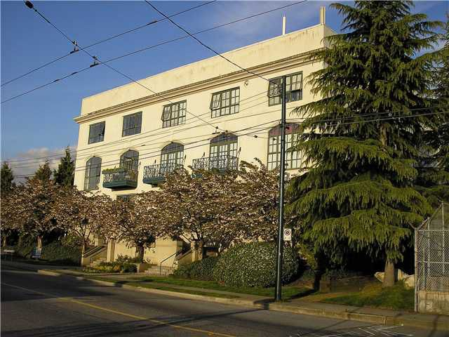 Main Photo: 102 4590 EARLES Street in Vancouver: Collingwood VE Condo for sale (Vancouver East)  : MLS®# V954133
