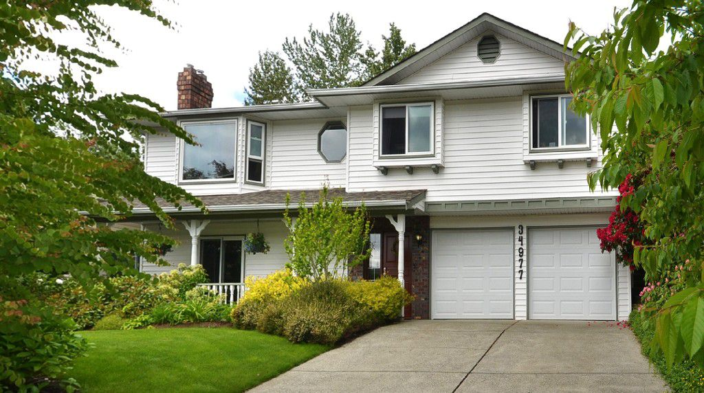 Main Photo: 34977 Mt Blanchard Drive in Abbotsford: Abbotsford East House for sale