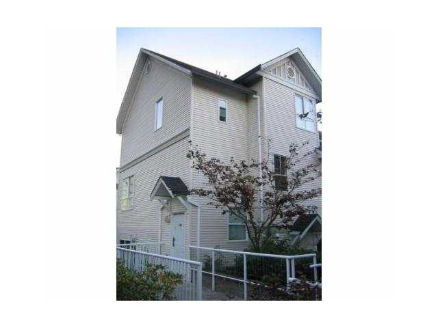 """Main Photo: 22 2713 E KENT Avenue in Vancouver: Fraserview VE Townhouse for sale in """"RIVERSIDE GARDENS"""" (Vancouver East)  : MLS®# V1099163"""
