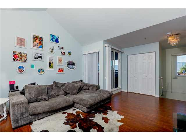 Main Photo: 306 1055 E BROADWAY in Vancouver: Mount Pleasant VE Condo for sale (Vancouver East)  : MLS®# V1137331