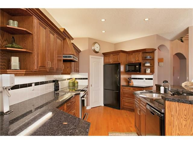 Photo 11: Photos: 1 Ridge Pointe Drive: Heritage Pointe House for sale : MLS®# C4052593