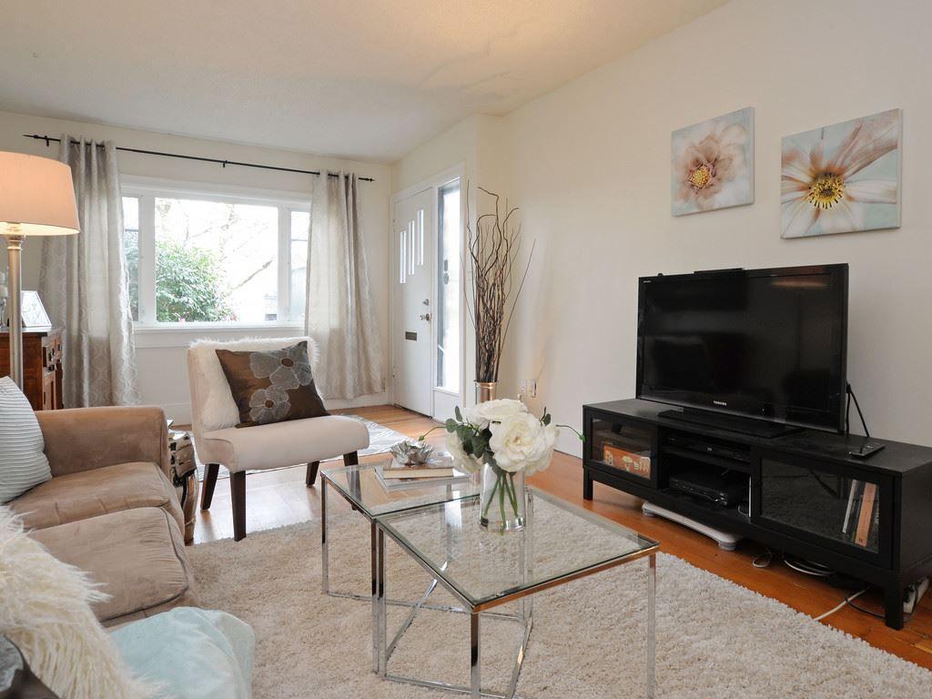 "Main Photo: 5089 WINDSOR Street in Vancouver: Fraser VE House for sale in ""Fraser"" (Vancouver East)  : MLS®# R2147708"
