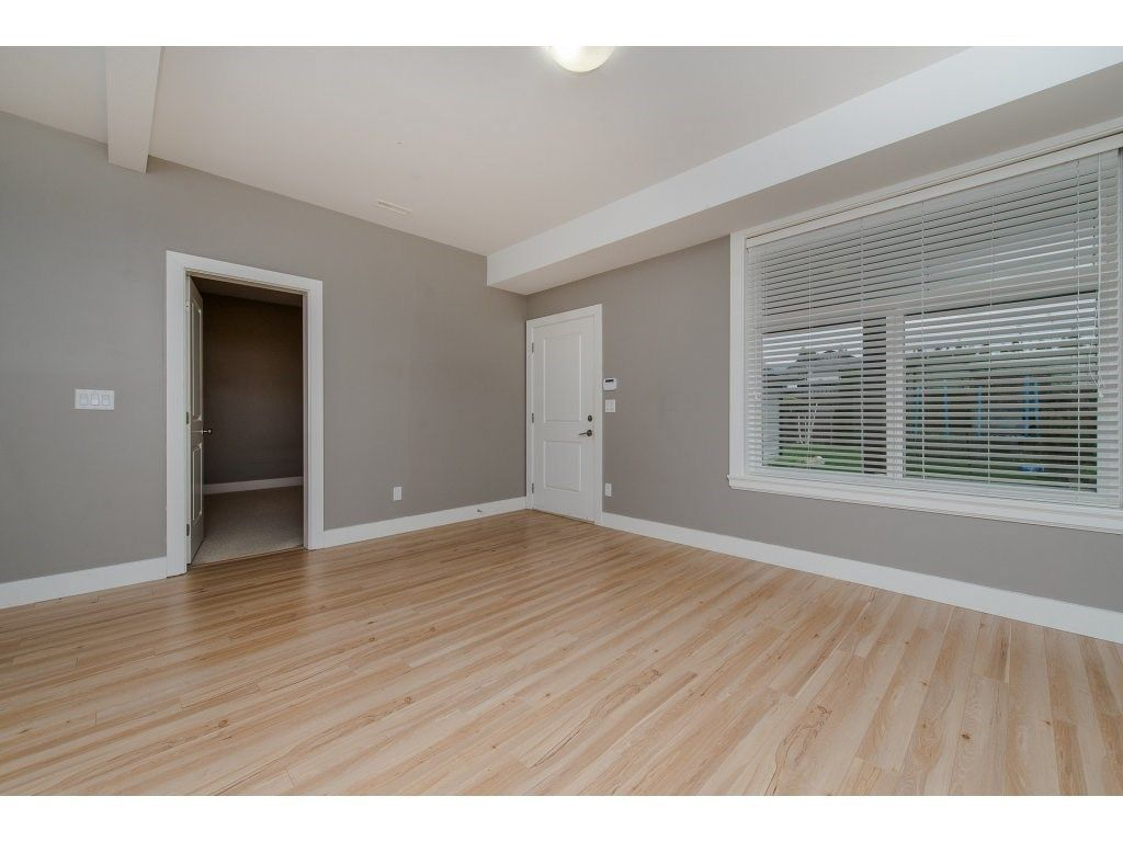 Photo 17: Photos: 45319 CRESCENT Drive in Chilliwack: Chilliwack W Young-Well House for sale : MLS®# R2221140