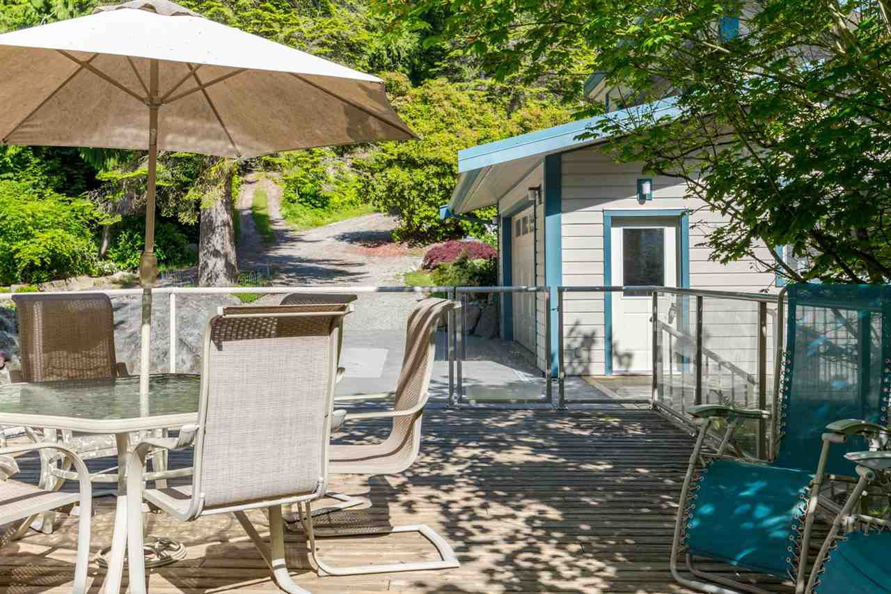 Photo 6: Photos: 8605 REDROOFFS Road in Halfmoon Bay: Halfmn Bay Secret Cv Redroofs House for sale (Sunshine Coast)  : MLS®# R2236253