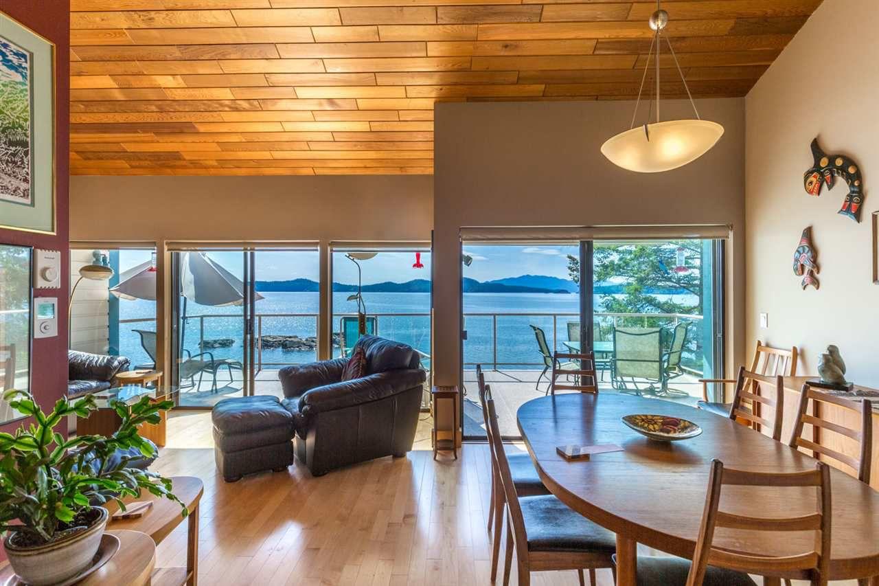 Photo 8: Photos: 8605 REDROOFFS Road in Halfmoon Bay: Halfmn Bay Secret Cv Redroofs House for sale (Sunshine Coast)  : MLS®# R2236253