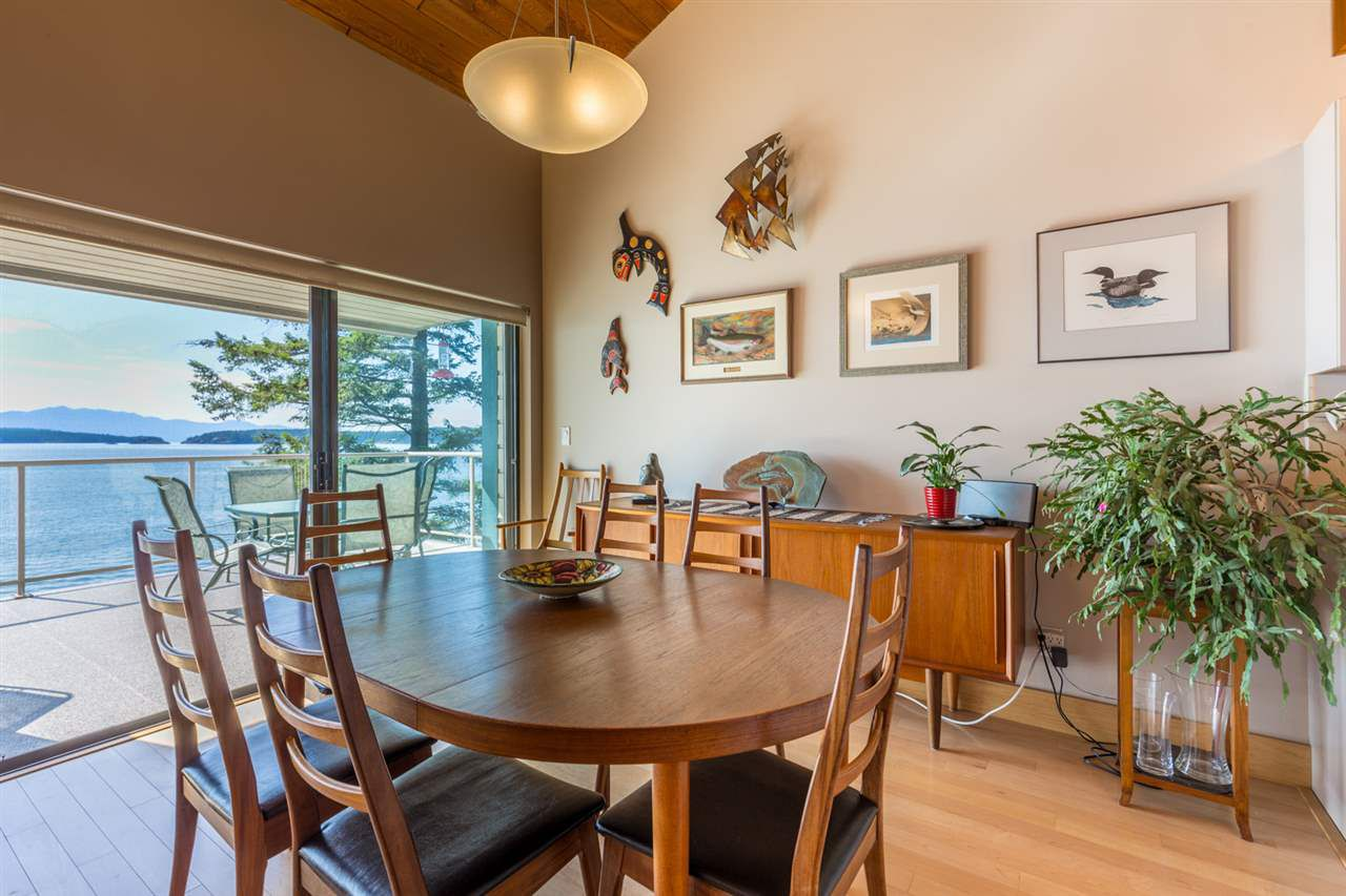 Photo 11: Photos: 8605 REDROOFFS Road in Halfmoon Bay: Halfmn Bay Secret Cv Redroofs House for sale (Sunshine Coast)  : MLS®# R2236253